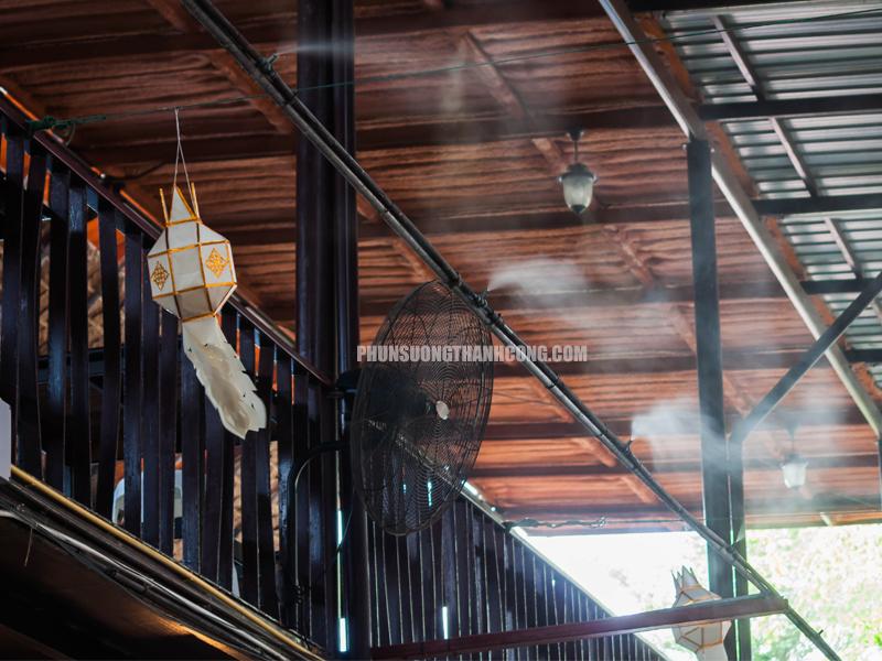 Nhu cầu lắp máy phun sương quán cà phê
